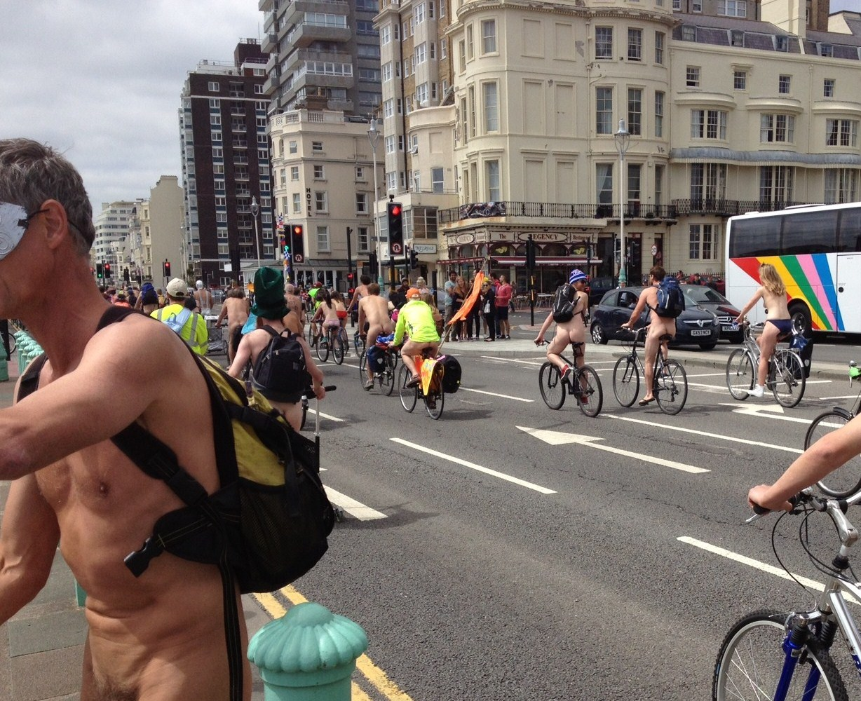 nakedbikeriders